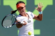 Li Na Tundukkan Madison Keys