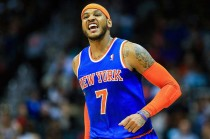 Carmelo Anthony Bertahan di Knicks