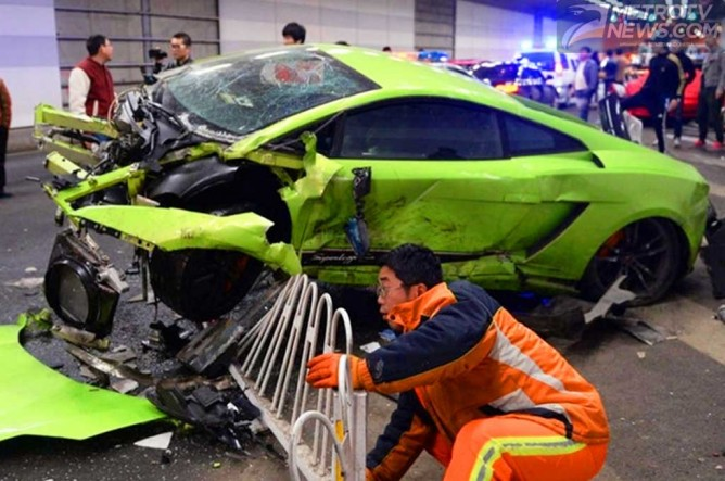Foto Mobil Fast And Furious 7 images