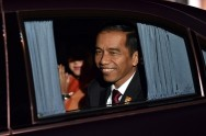 Jokowi 'Fled' When Questioned About Cabinet Reshuffle