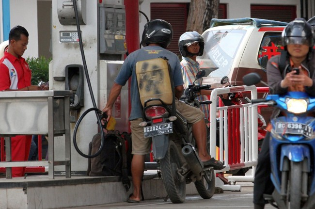 Pertamina Operates 24-Hour Refilling Terminals During Ramadan