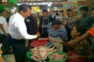 Agriculture Minister Ensures Smooth Food Distribution until Eid al-Fitr