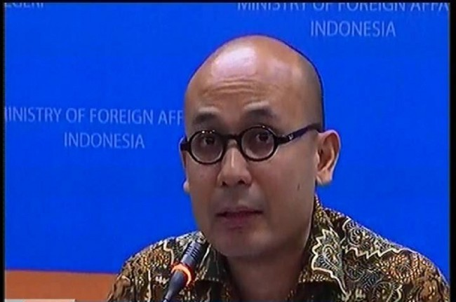 To Verify an Indonesian Executed by ISIS, Foreign Ministry Called Daily Mail