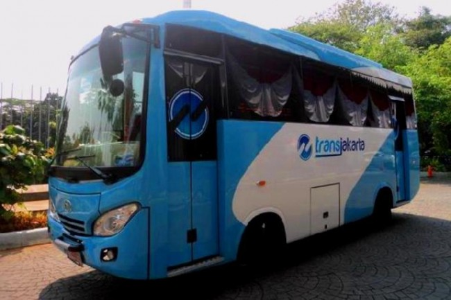 Kopaja Drivers Does not Require School Diploma to Join TransJakarta