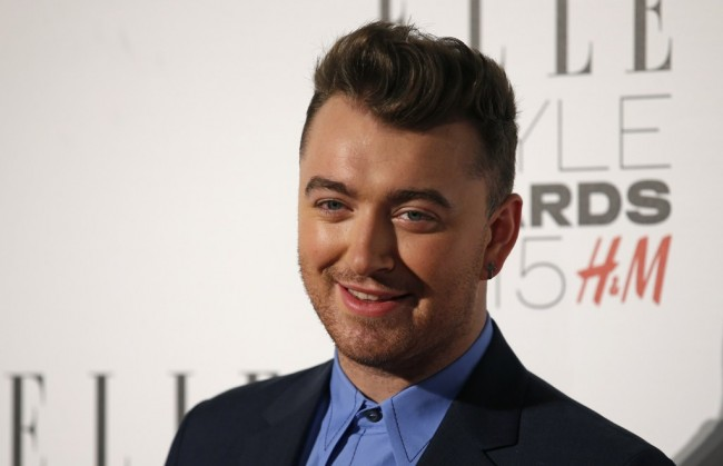 Sam Smith Bantah Mengisi Soundtrack Film Terbaru James Bond