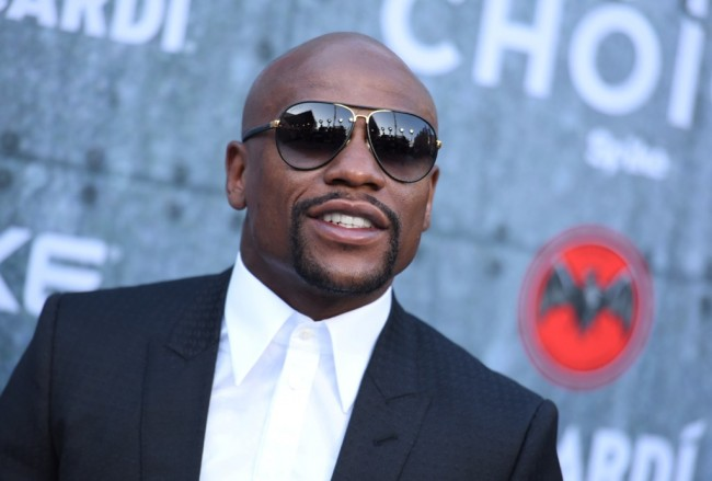 September, Mayweather Bakal Naik Ring Lagi?