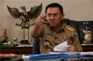 Settling Slums, Ahok Threatens to Evict Newcomers