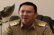Ahok to Fight Organizations Controlling Jakarta's Parking Areas