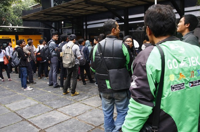 Go-Jek Protested for Massive Recruitment of Drivers