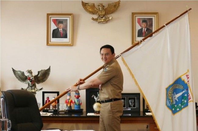 Ahok Offers to Mediate Between the Labors and Ministers