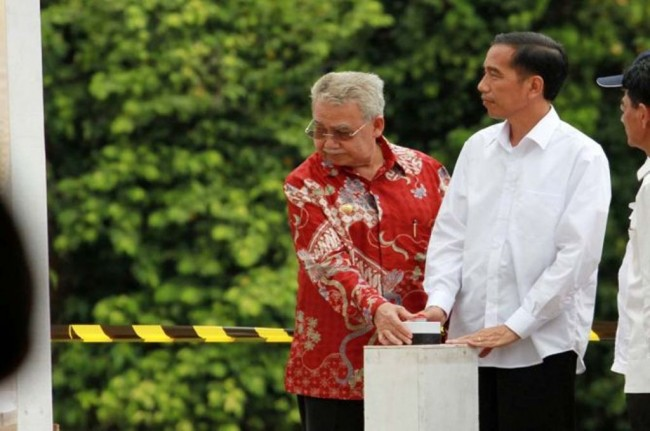 <i>Jokowi Different from the Presidents from the Elite</i>