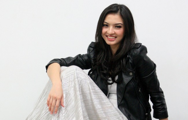 Ini Syarat Raline Shah Jadi Model Video Klip