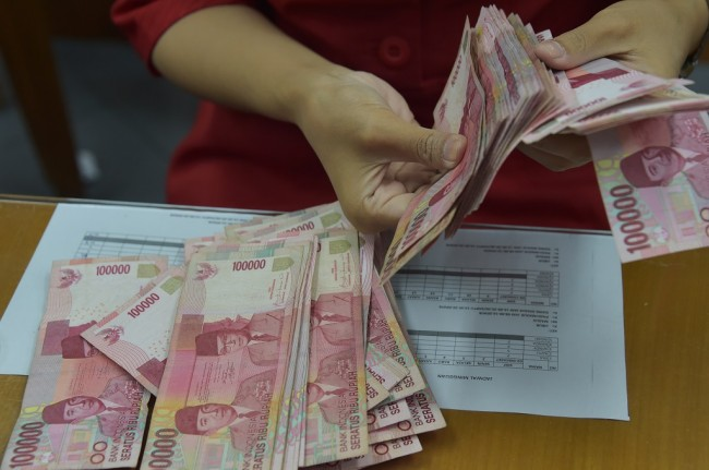 Rupiah Opens at Rp14,649/USD