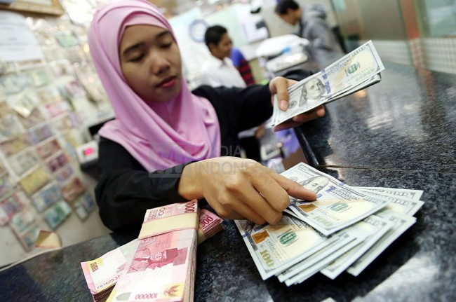 Indonesia's Economic Fundamental Good, Rupiah Awaits US Signals