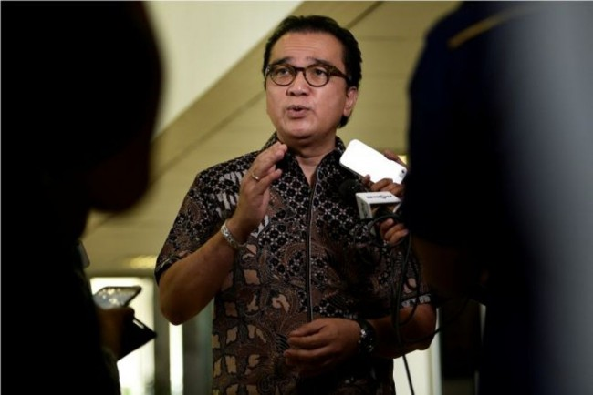 Tantowi: Golkar Fraction's Intention, to Perfect KPK Law