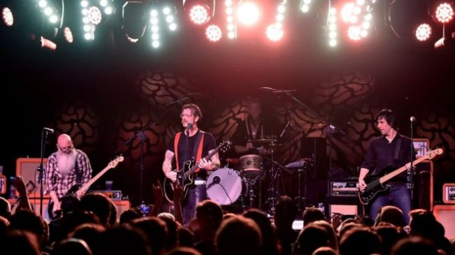 Manajer Eagles of Death Metal Tewas dalam Serangan di Paris