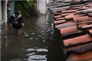 Several Residential Areas in Jakarta Start to be Hit by Flood