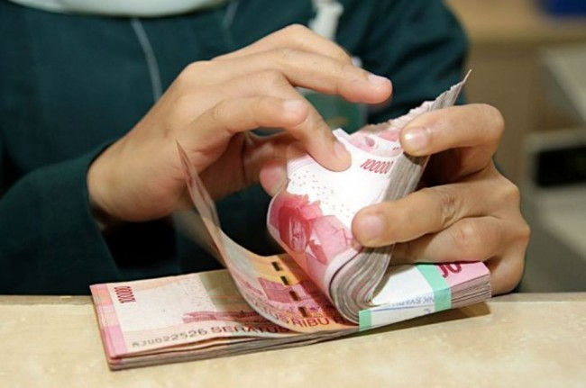This Morning, Rupiah Fluctuates Around Rp13,773