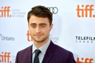 Daniel Radcliffe Berakting di Film Now You See Me 2