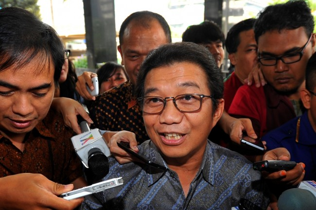 OJK Optimistis Kredit Tumbuh 14% di 2016