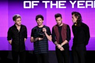 One Direction Menang American Music Awards 2015