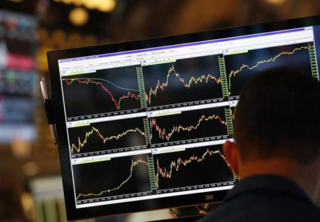 Data Ekonomi Lemah, Wall Street Ambles