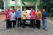 General Motors Donasi Mobil ke Universitas Diponegoro