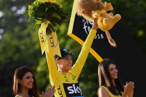 Chris Froome Juara Tour de France