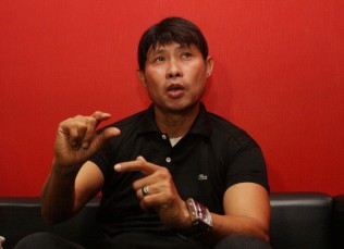 Menanti <i>Simple Football</i> ala Eduard Tjong