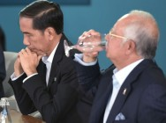 Jokowi-Najib Hold Consultation Meeting