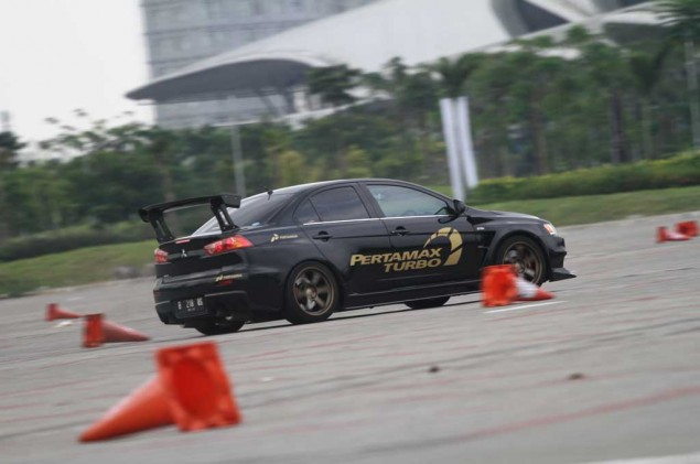 Gas In Flat Out Vol.3, Hidupkan Autocross Tanah Air