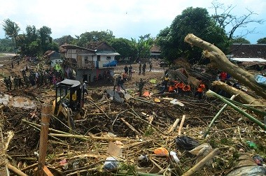 Death Toll Reaches 23 in Garut Flash Floods
