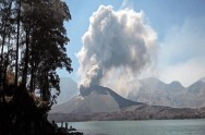 Mount Barujari Erupts Again