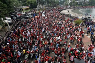 20 Thousand Workers to Hold Demonstration in Jakarta