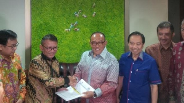 Aburizal Bakrie Joins Tax Amnesty Program