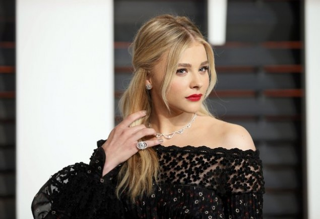 Mundur dari The Little Mermaid, Chloe Moretz Bintangi Film Horor