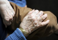 7 Tips to Take Care Alzheimer's Patient