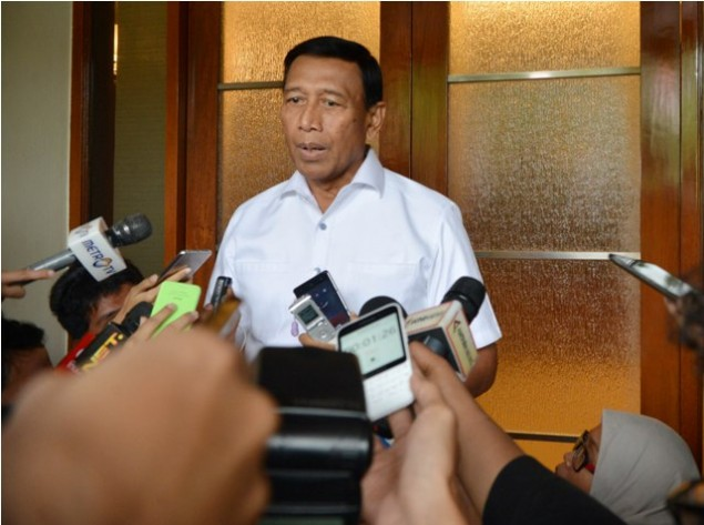 Wiranto Discusses Regional Elections with Regional Police Chiefs