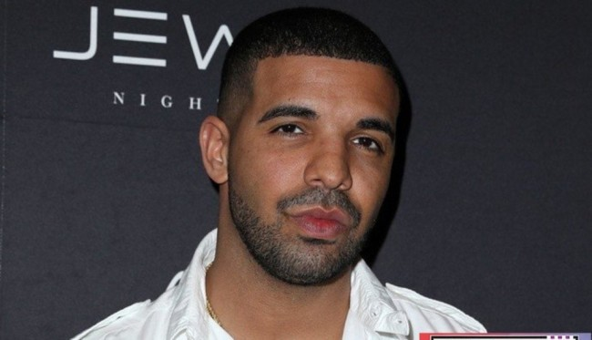 Drake Pimpin Nominasi American Music Awards 2016