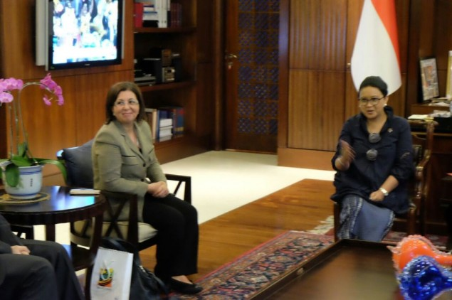Retno Welcomes Indonesian Honorary Consul to Palestine