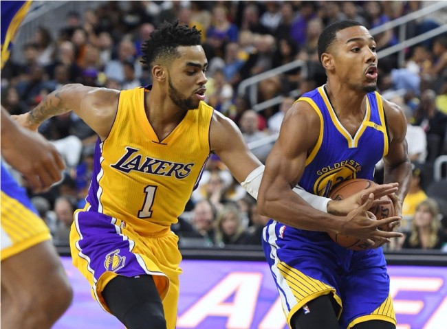 Golden State Warriors Tundukkan Lakers di Laga Pramusim NBA