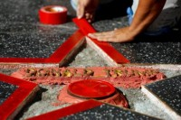 <i>Walk of Fame Hollywood</i> Trump Dirusak Pria Tak Dikenal