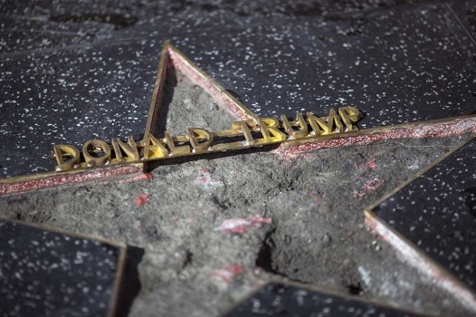 Bintang Hollywood Walk of Fame Donald Trump Dirusak