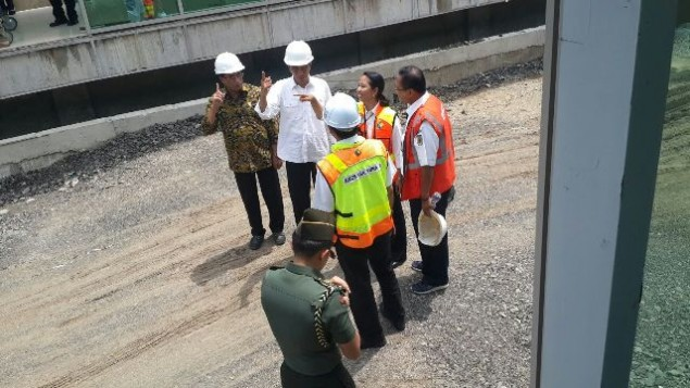 Jokowi Inspects Soetta Airport Railway Project