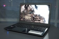 Menjajal Notebook Gaming AMD Acer Aspire E5-553G