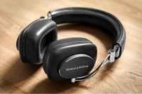 Bowers & Wilkins P7 Wireless, Si Maskulin Pemanja Telinga