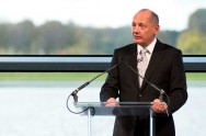 Ron Dennis Dipaksa Mundur dari McLaren Technology Group
