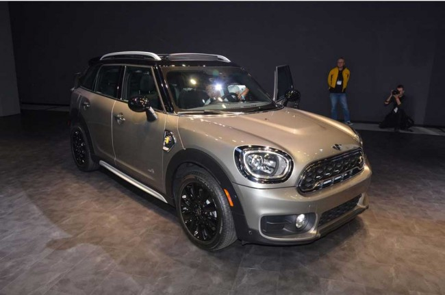 New Mini Cooper S E Countryman All4, Si Kecil Ramah Lingkungan
