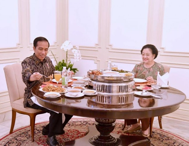 Jokowi & Megawati Discuss Regional Elections