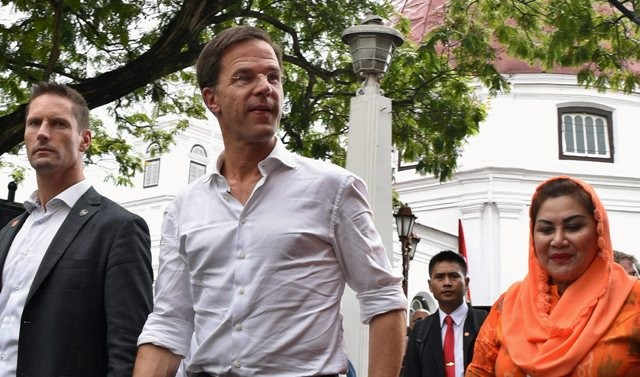 Jokowi to Welcome Dutch PM at Palace